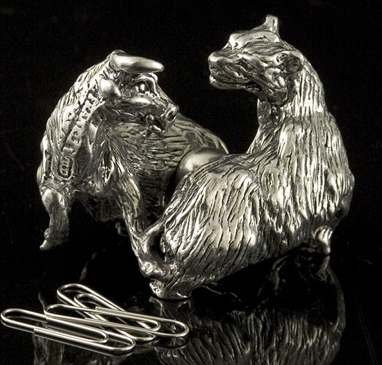 Bull & Bear Paper Clip Holder