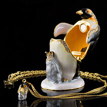 Penguin Box With Necklace - Open