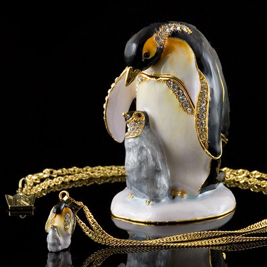 Penguins Box and Necklace