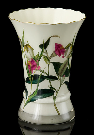Secret Garden Scalloped Vase