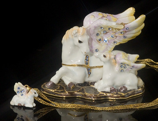 Jeweled Pegasus Box and Necklace