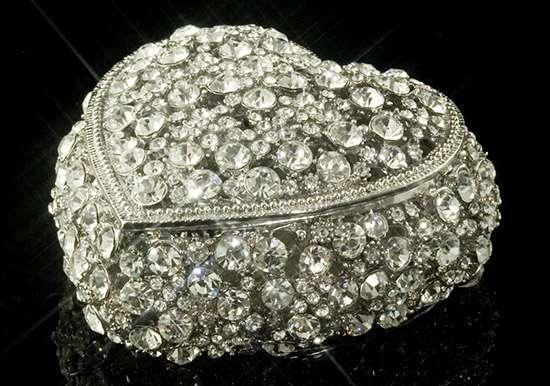 Infinity Crystal Heart Box
