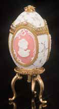 Lace Cameo Musical Jeweled Egg