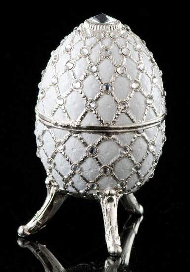 Jeweled White Musical Egg