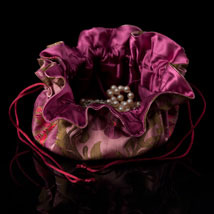 Burgundy/Mauve Satin Chinoiserie Jewelry Pouch - Open