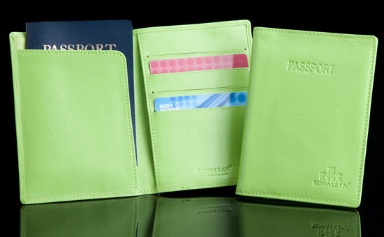 Highland Green Passport/Credit Card Holder