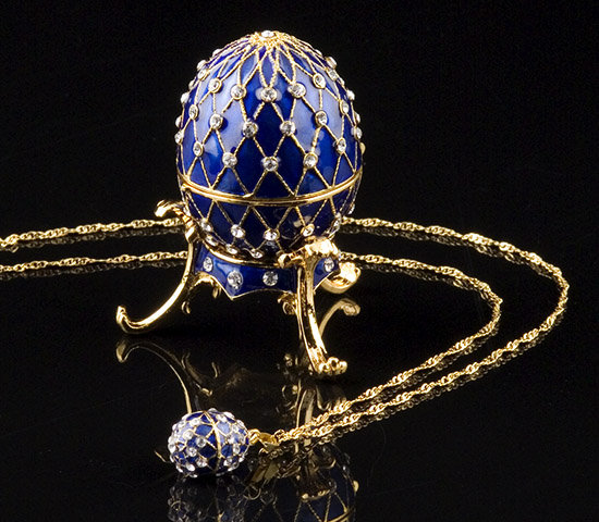 Blue Jeweled Egg Box and Necklace