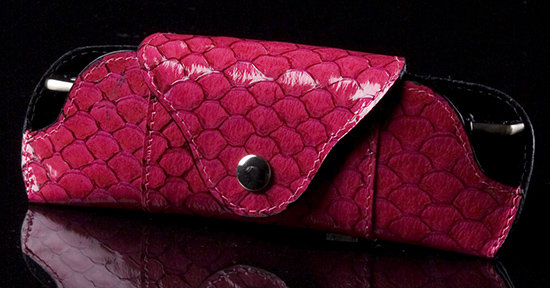 Cherry Pink Sea Leather English Style Eyeglass Holder