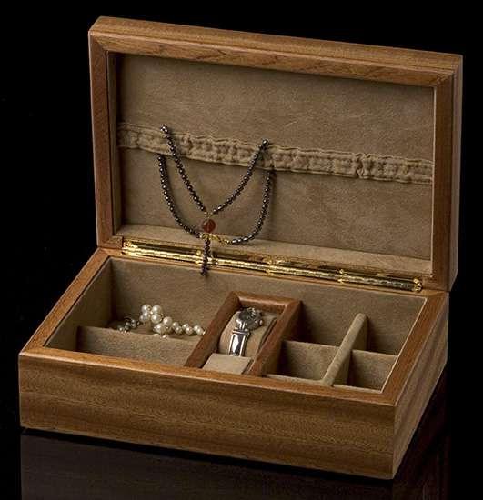 Bella Mia Jewel Box